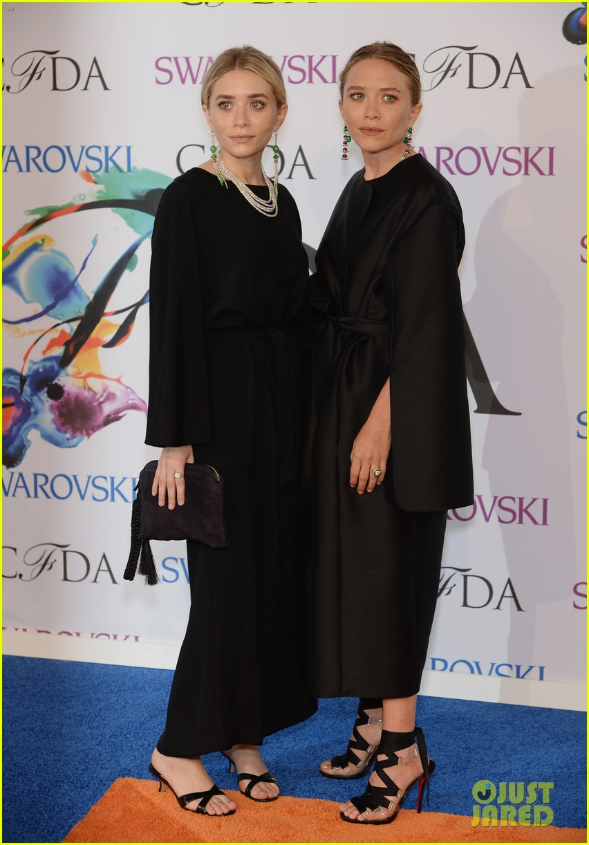 mary kate ashley olsen cfda fashion awards 043126903