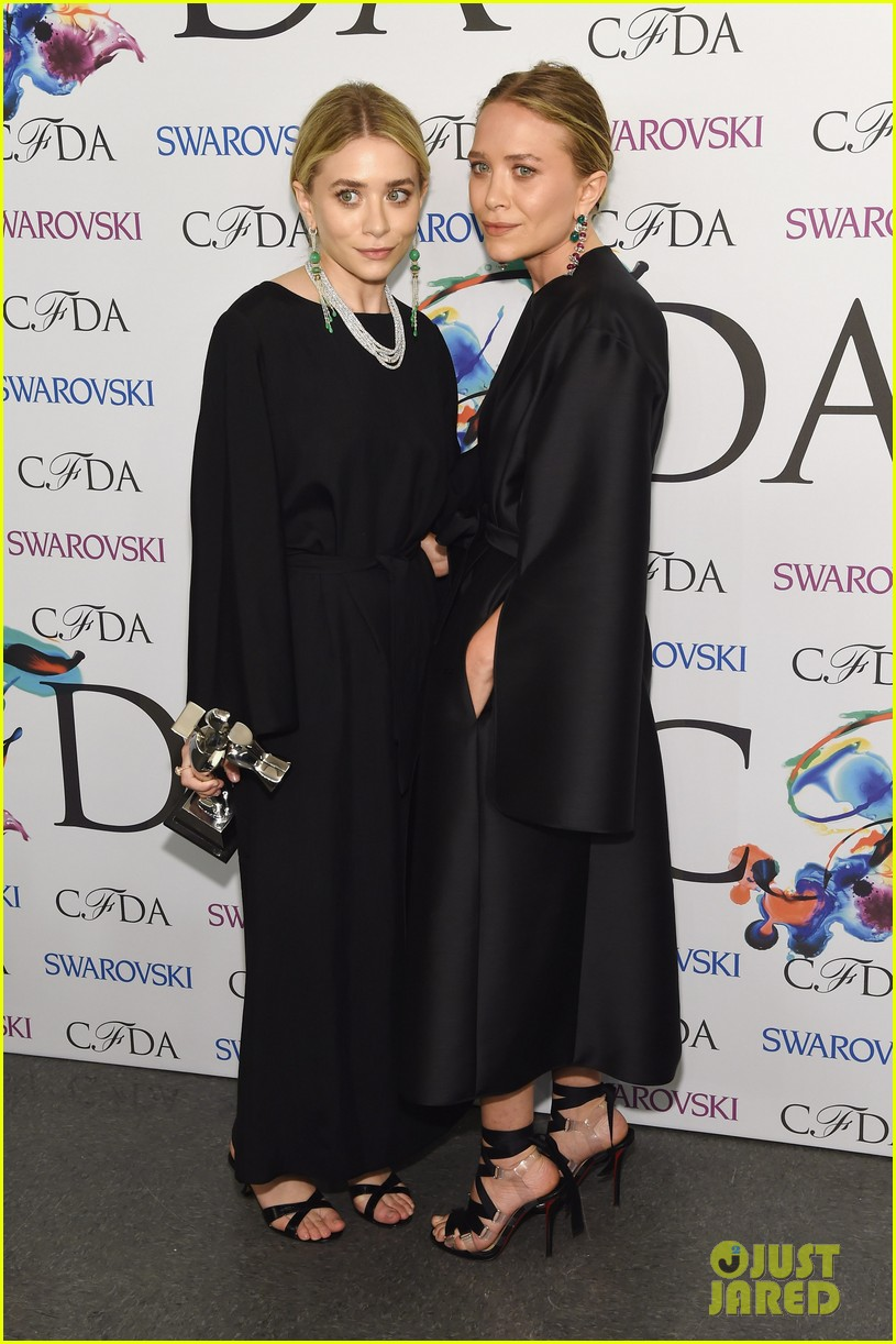mary kate ashley olsen cfda fashion awards 07