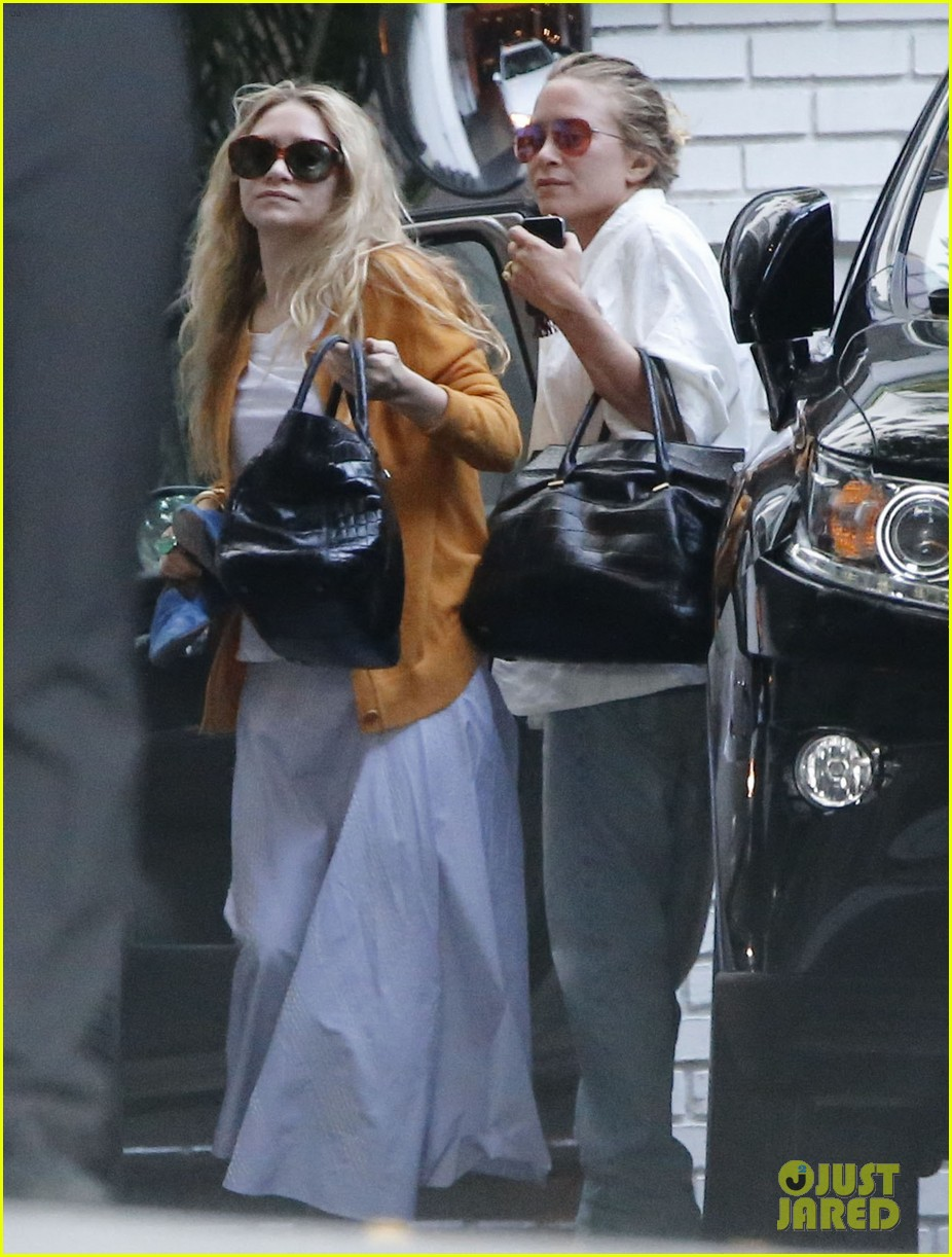 mary kate ashley olsen dedicated their cfda award 063129537