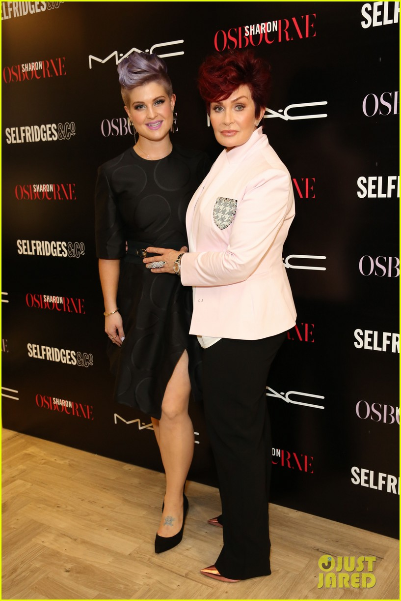 kelly osbourne launches her mac collection with mother sharon 113132368