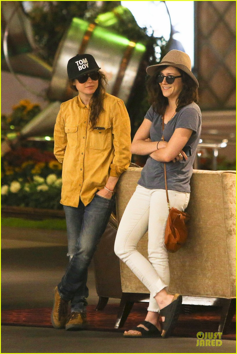 ellen page sunday shopping with close gal pal 01
