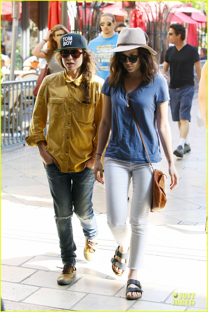 ellen page sunday shopping with close gal pal 04