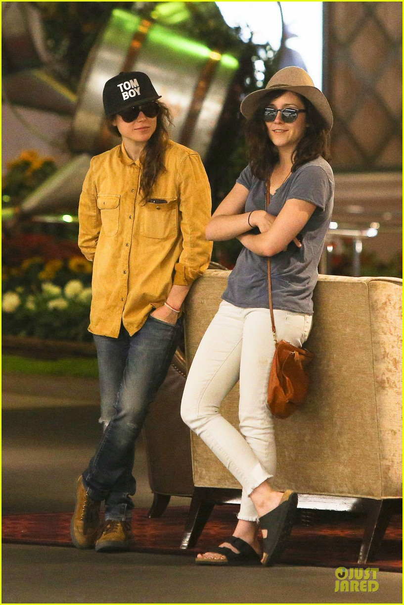 ellen page sunday shopping with close gal pal 093131969