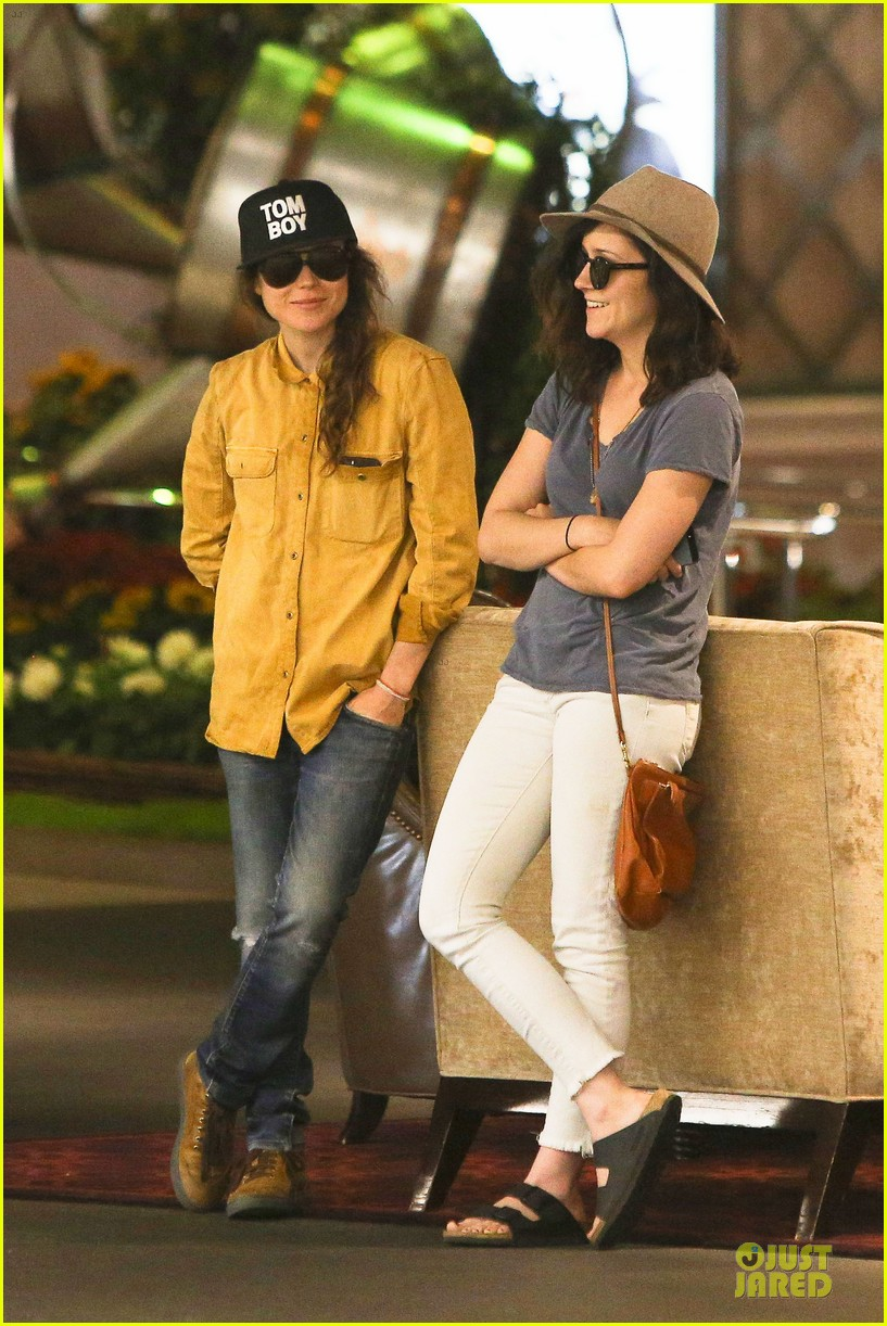ellen page sunday shopping with close gal pal 103131970