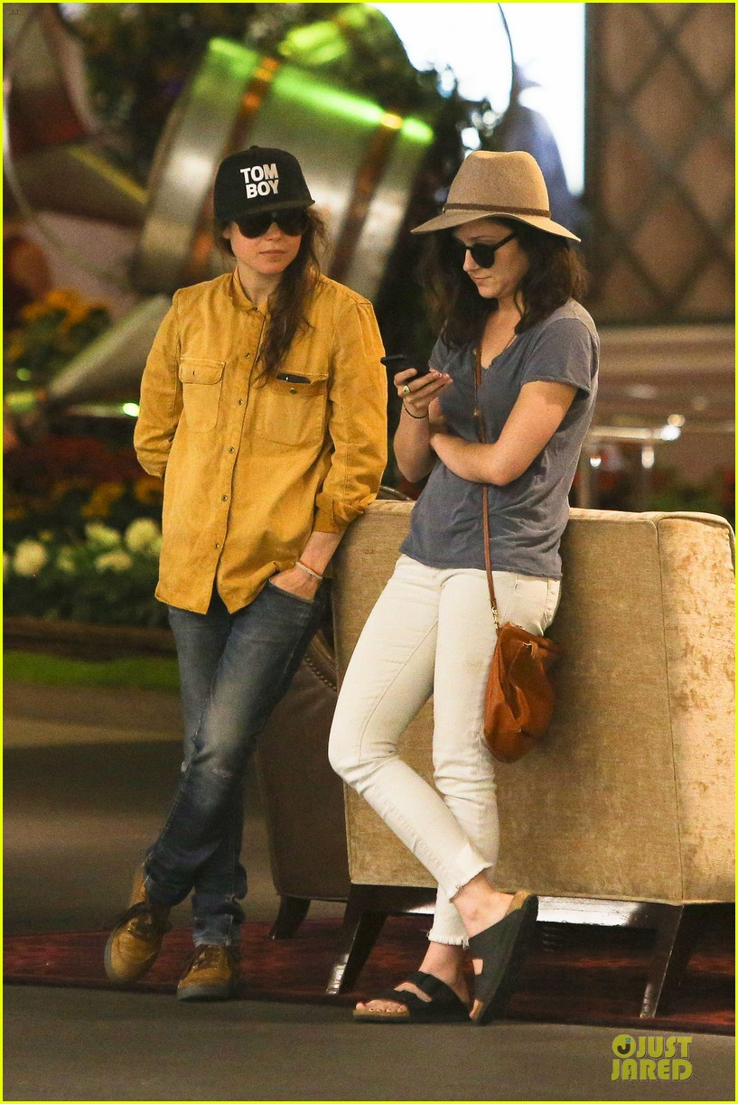 ellen page sunday shopping with close gal pal 183131978