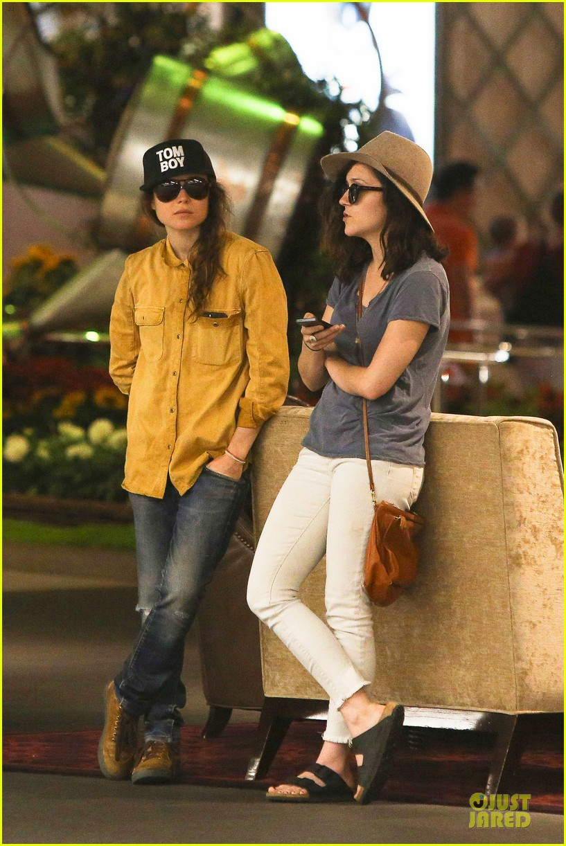 ellen page sunday shopping with close gal pal 193131979