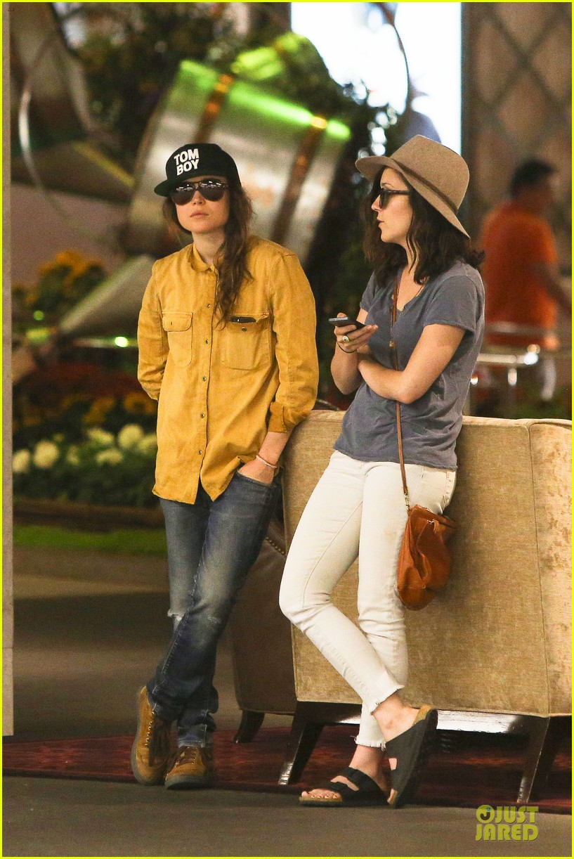 ellen page sunday shopping with close gal pal 203131980