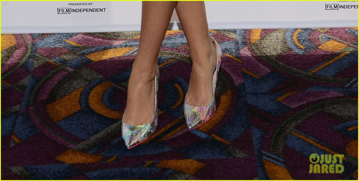 teresa palmer debuts post baby body red carpet 033134736