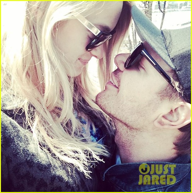 jim parrack getting divorced currently dating leven rambin 013128686