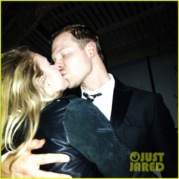 jim parrack getting divorced currently dating leven rambin 083128693