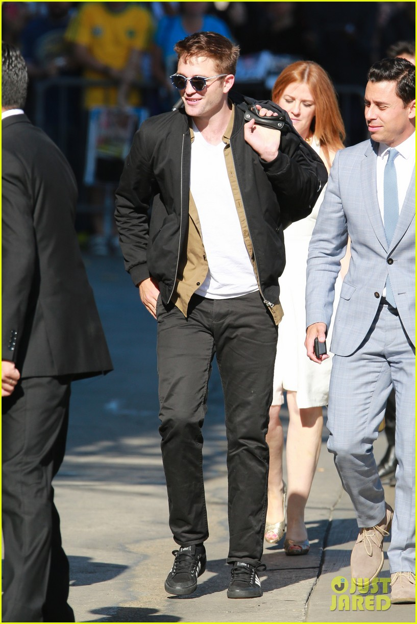 robert pattinson unusual diet for the rover 083134238