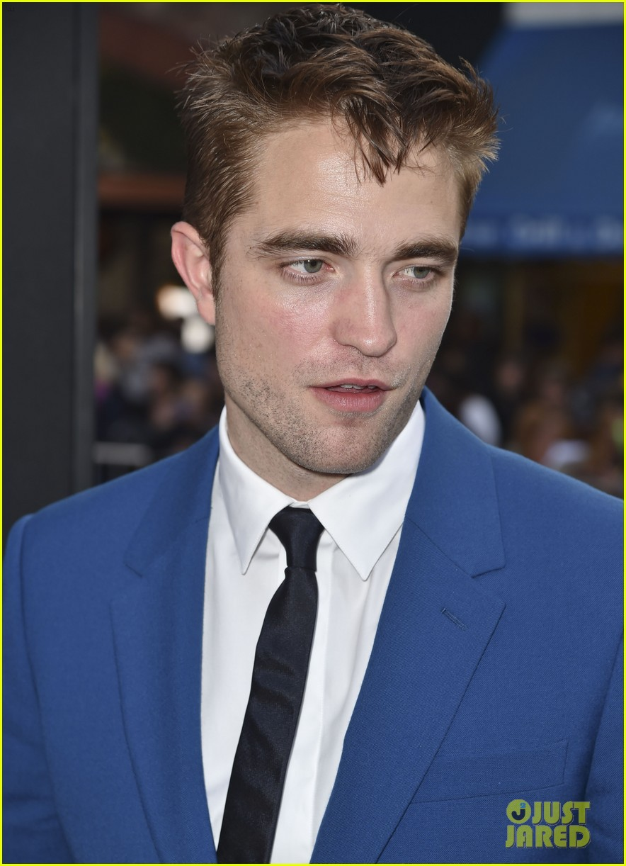 robert pattinson guy pearce rover hollywood premiere 14