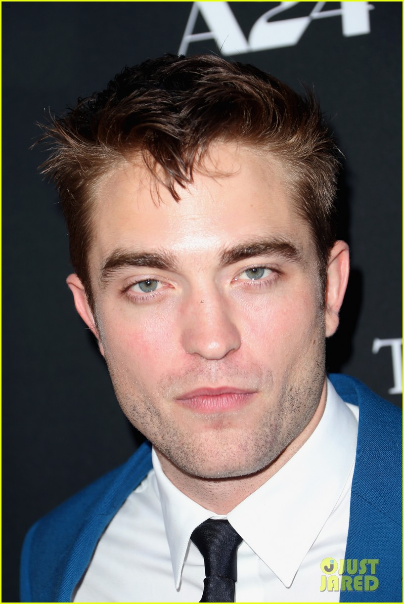 robert pattinson guy pearce rover hollywood premiere 233134375