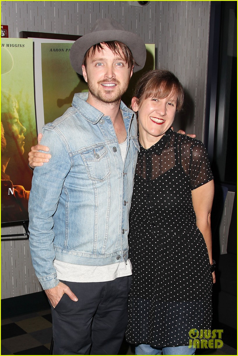 aaron paul watch hellion with him tonight 013134519