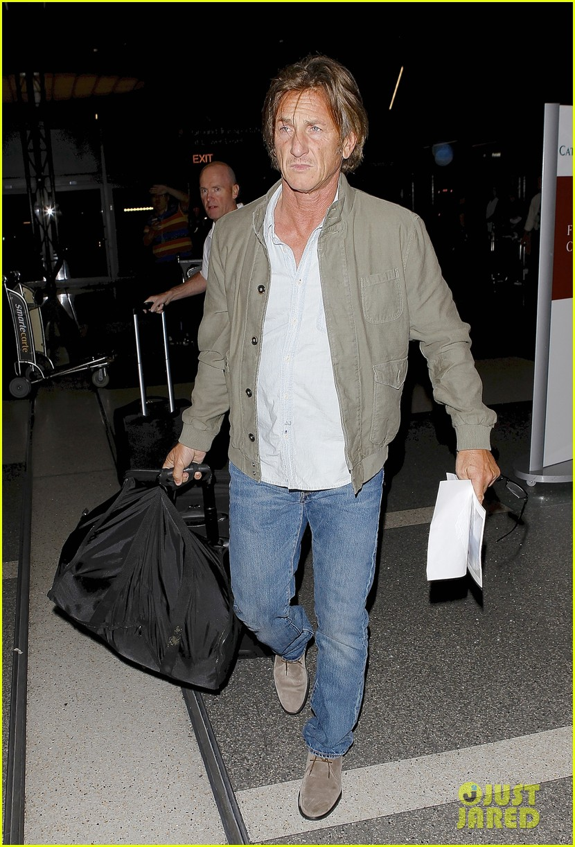 sean penn says were making great progress in haiti 043139934