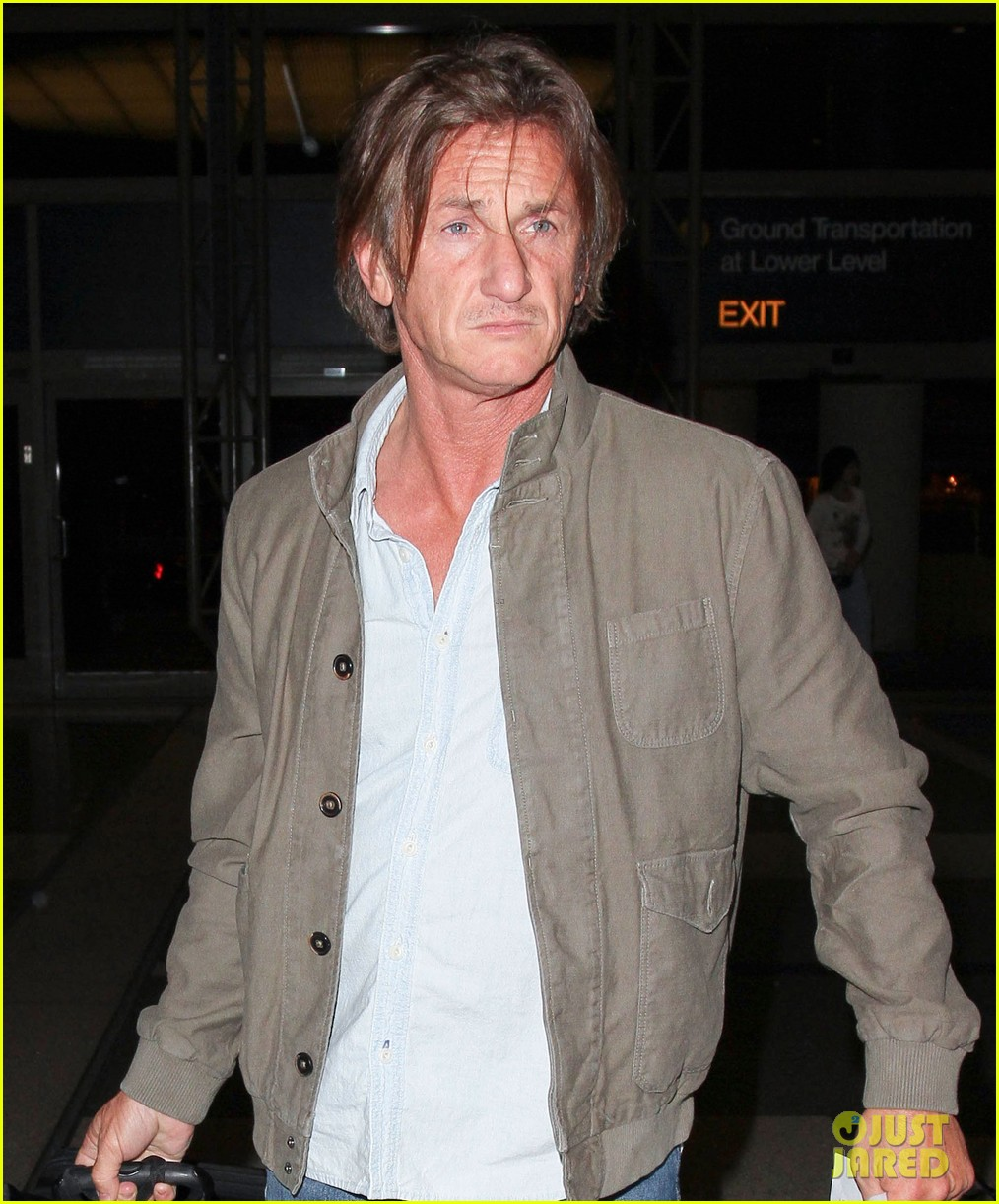 sean penn says were making great progress in haiti 053139935