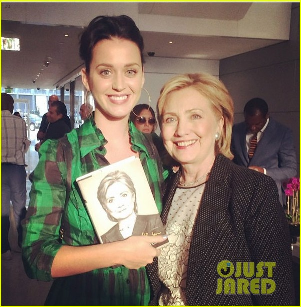 katy perry offers to write hillary clintons theme song 033141986