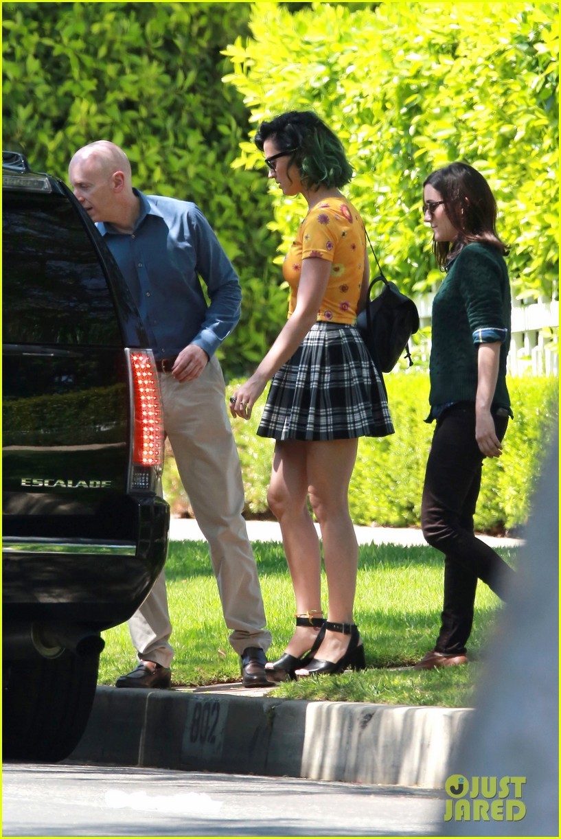 katy perry wishes happy fathers day to her dad 203136451