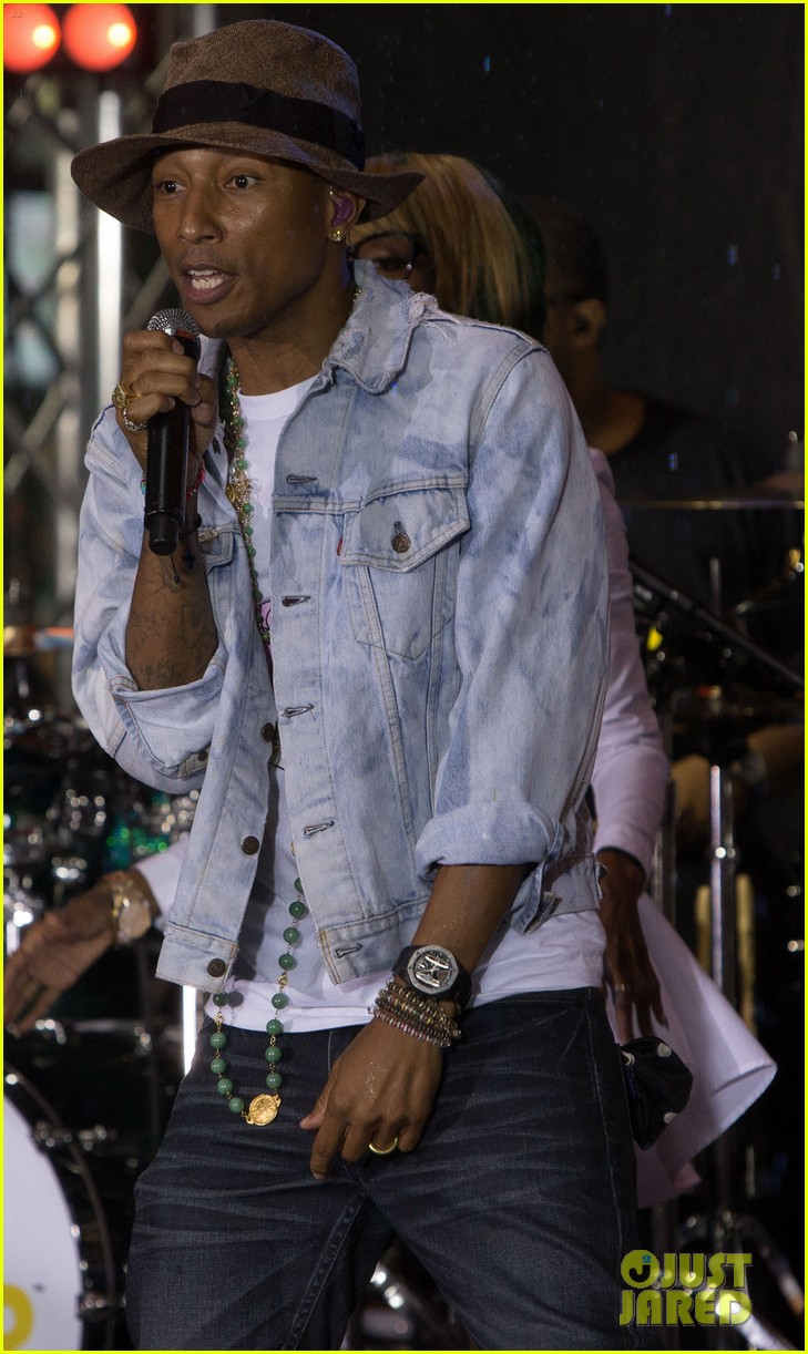 pharrell performs happy come get it bae on today show 073128829