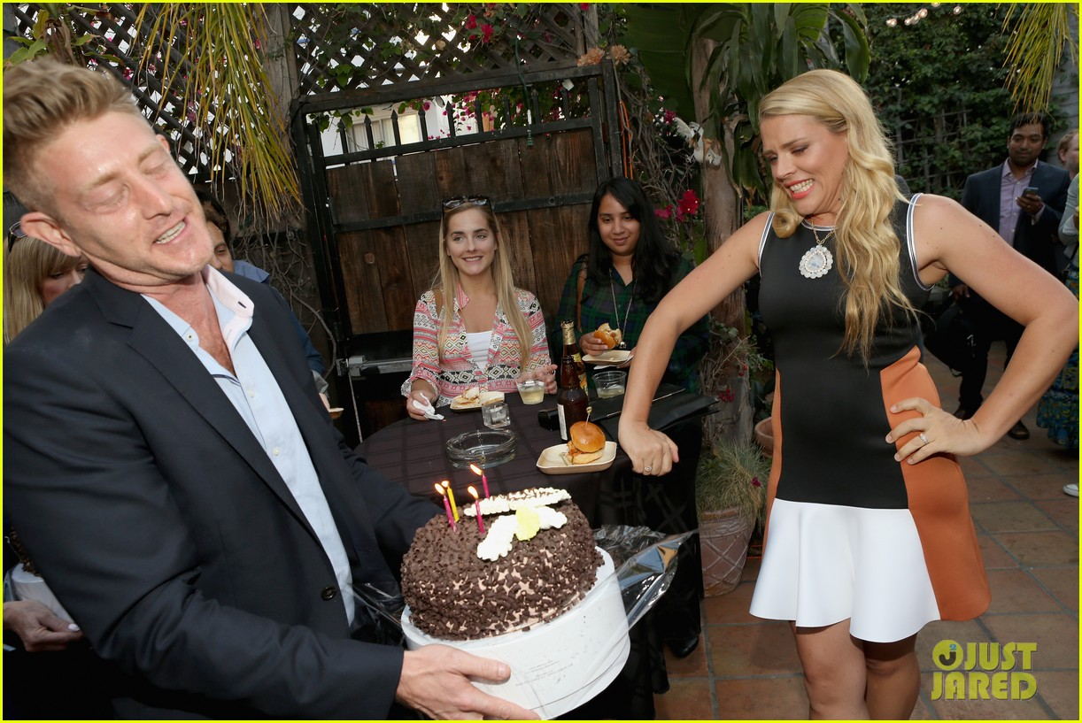 busy philipps celebrates her birthday at jason nash is married premiere 063143804