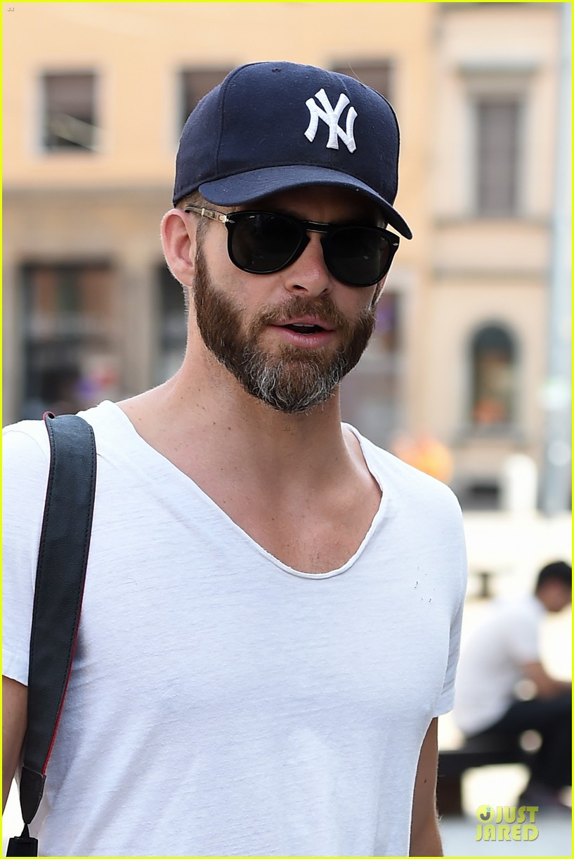 chris pine capture moments in italy 233142821