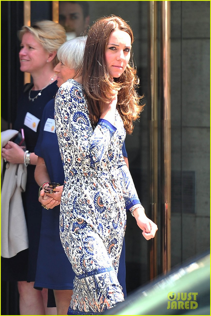 kate middleton steps out after pippa today interview 063147004