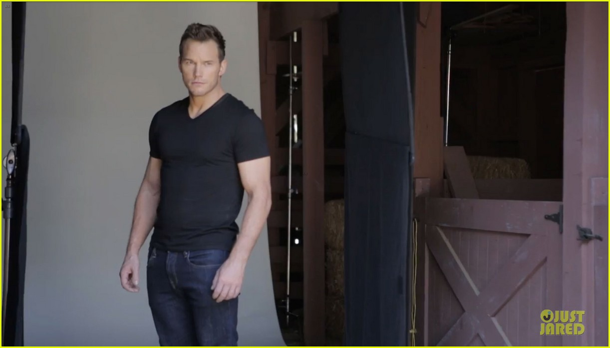 chris pratt buff on mens fitness cover 02