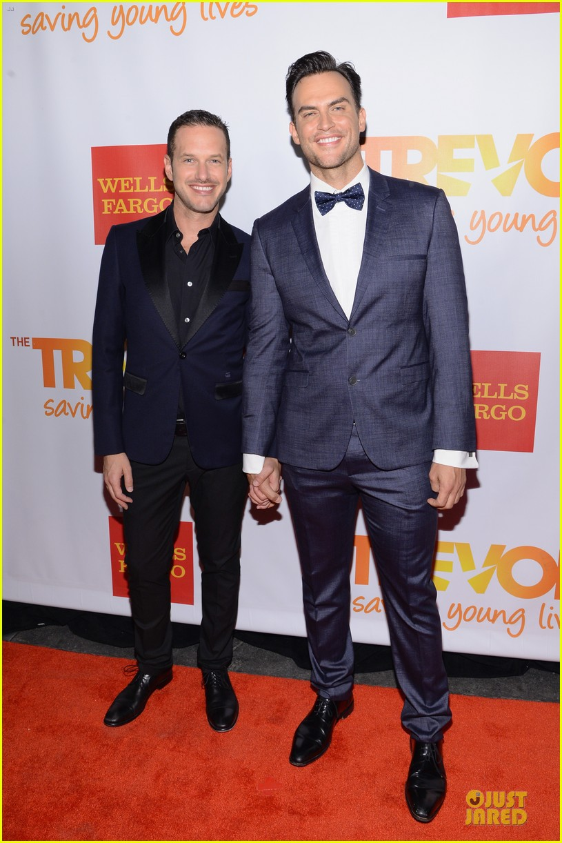 zachary quinto neil patrick harris help lgbtq youth 03