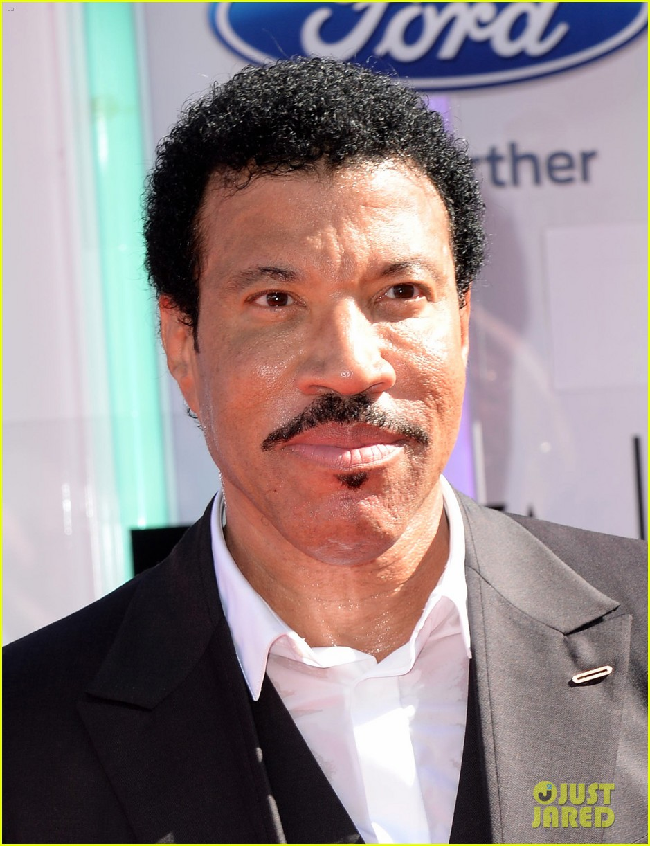 lionel richie bet awards 2014 023146340