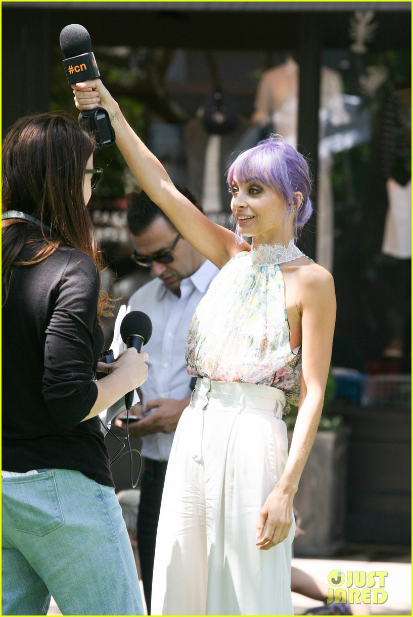 nicole richie candidly nicole the grove 073140289