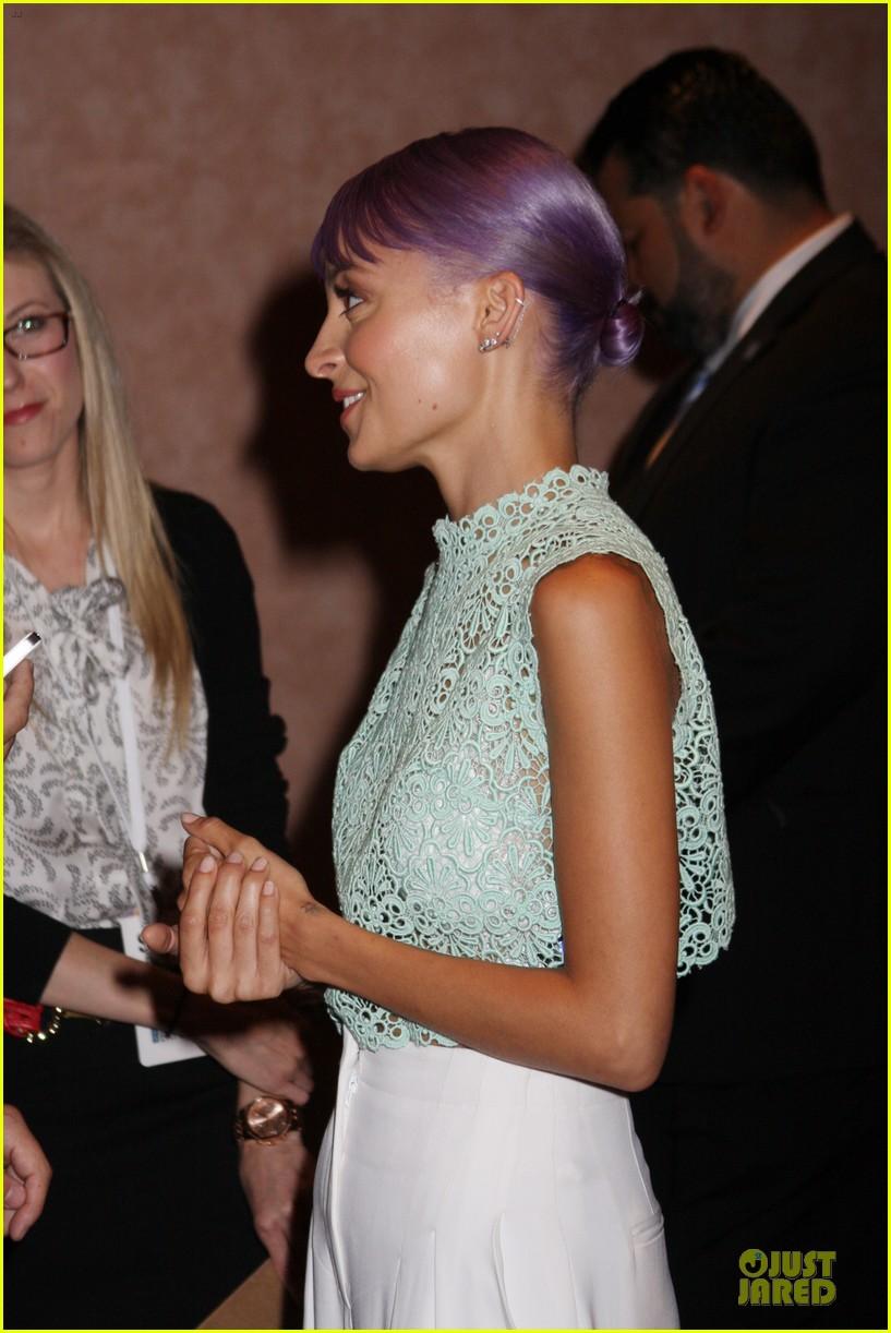 nicole richie rocks purple hair white bra at licensing expo 073137716