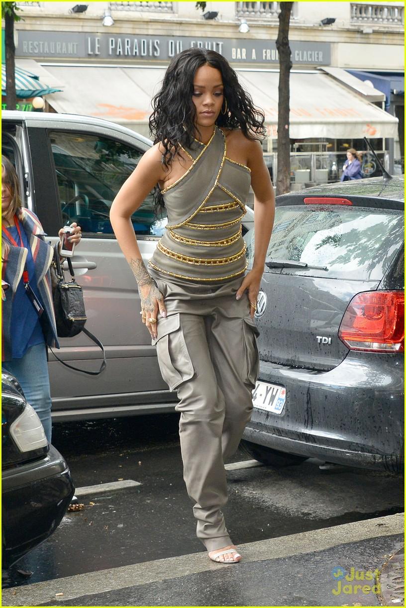 see how rihanna sheer dress was made 033128254