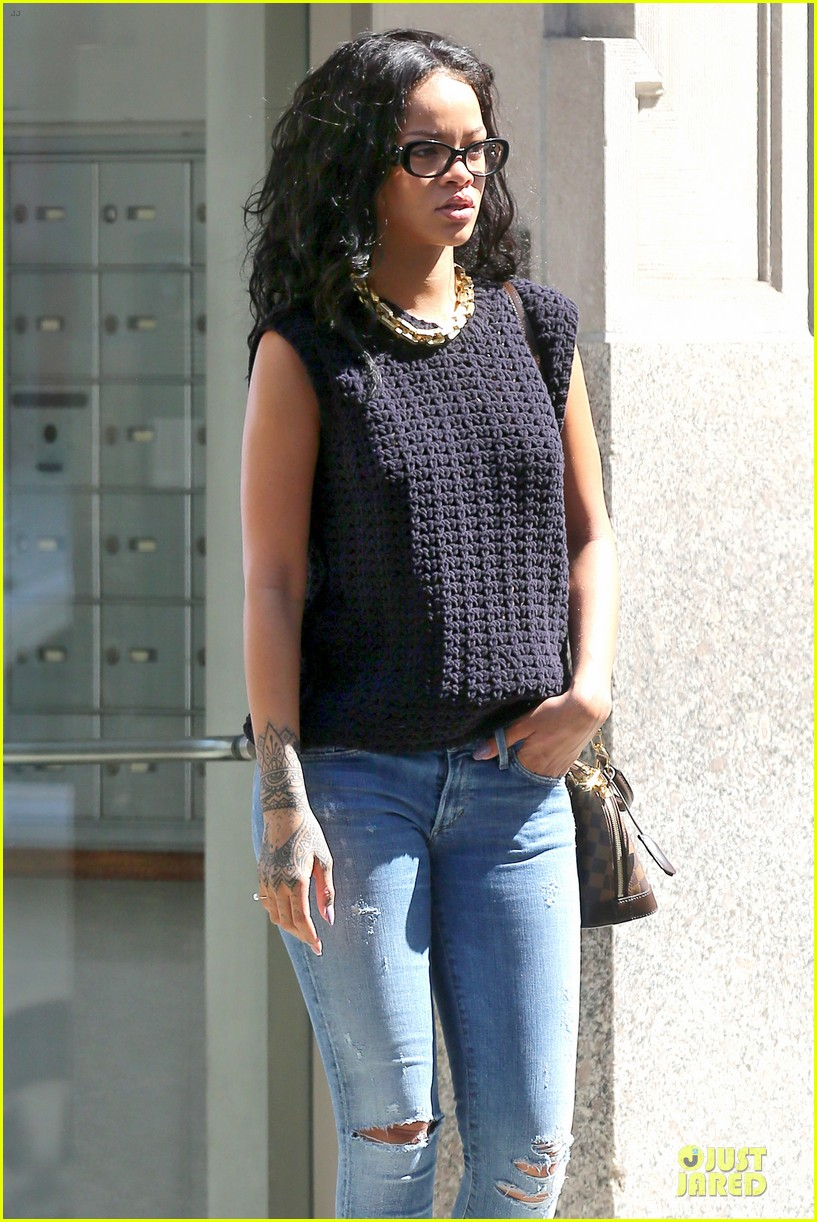 rihanna channel inner nerd in nyc 083126720