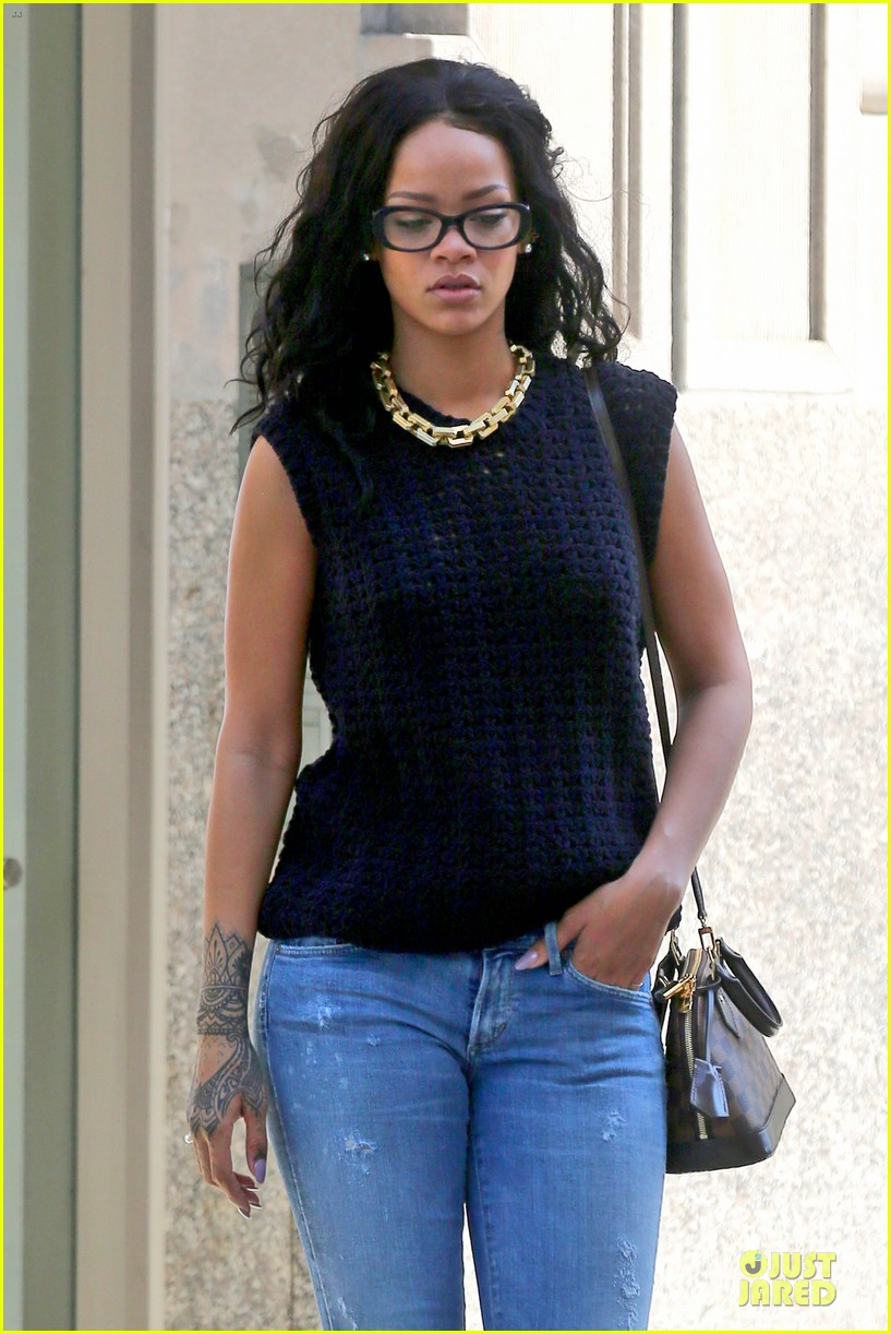 rihanna channel inner nerd in nyc 123126724