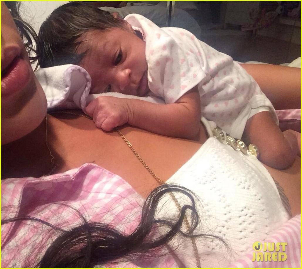 rihanna cutest pics baby niece 273138156