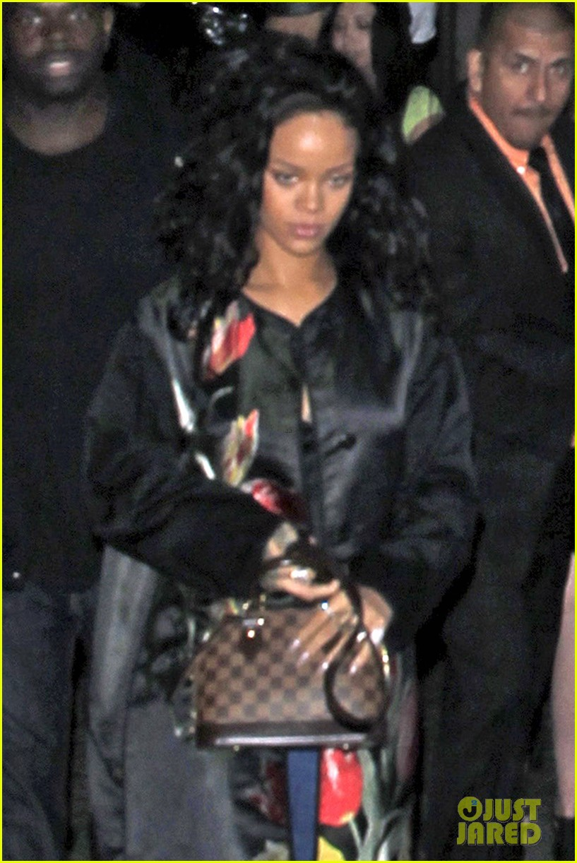 rihanna parties at playhouse 053129713
