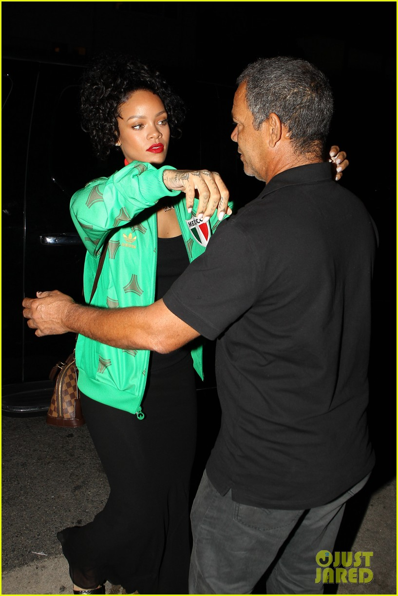 rihanna dinner after skipping the bet awards 063146668