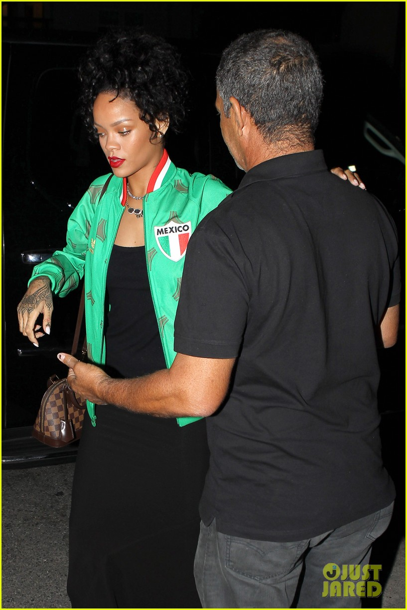rihanna dinner after skipping the bet awards 073146669
