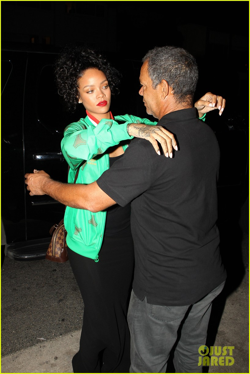 rihanna dinner after skipping the bet awards 133146675
