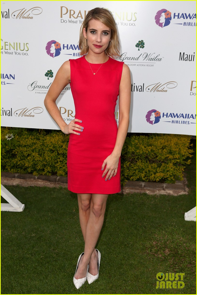 emma roberts wins shining star awards maui film festival 023129735
