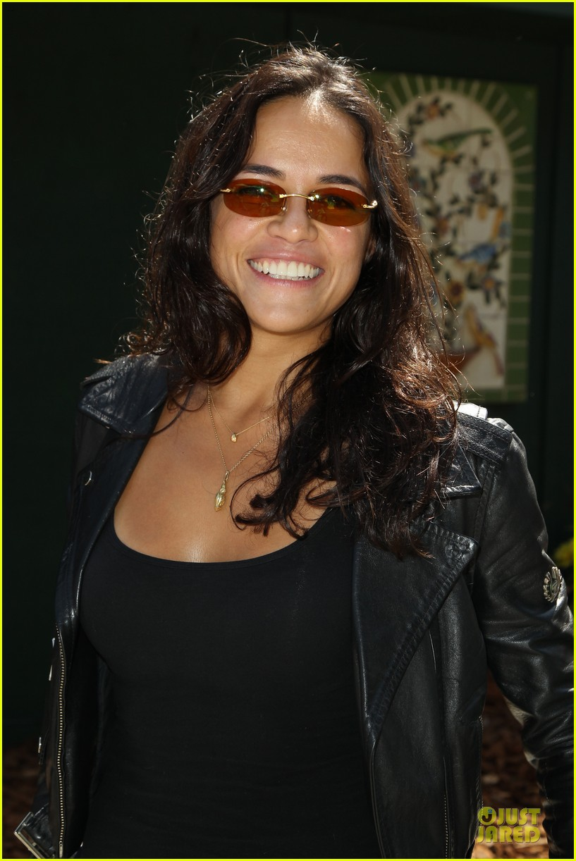 michelle rodriguez emile hirsch fundraise disadvantaged youth 043135822