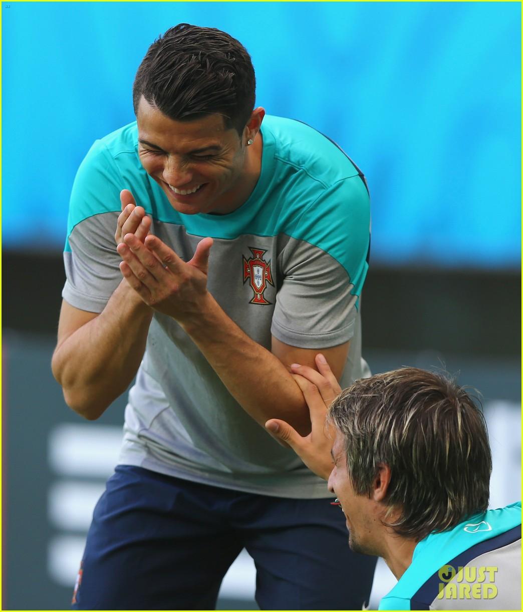 cristiano ronaldo injured world cup 083138063