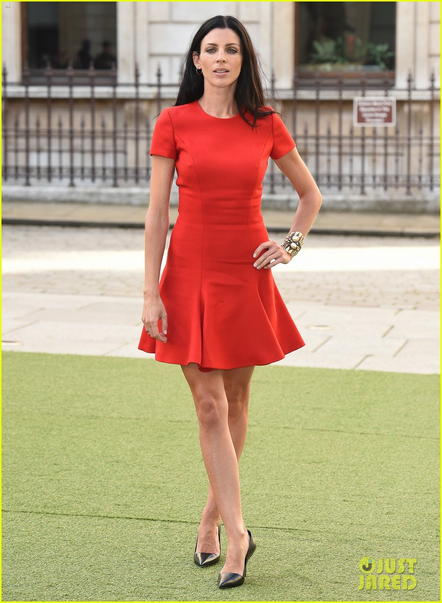 liberty ross daisy lowe keep it classy at royal academy summer exhibition 023128716