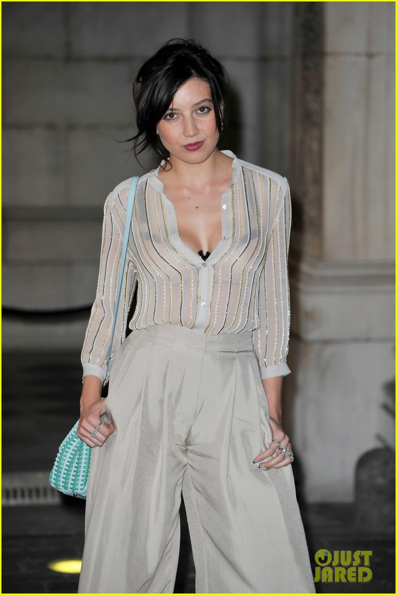 liberty ross daisy lowe keep it classy at royal academy summer exhibition 113128725