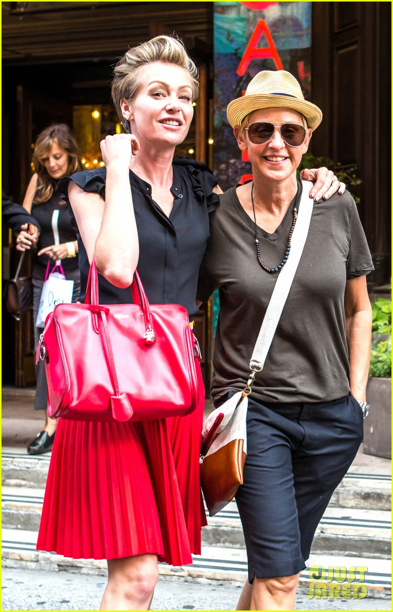 ellen degeneres portia de rossi hold hands tracy morgan 013140212