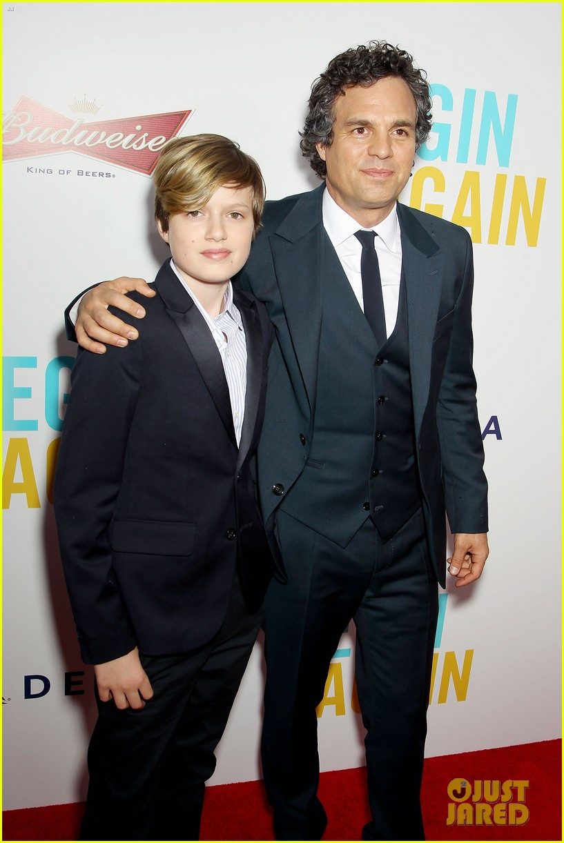 mark ruffalo brie larson begin again premiere 223143521