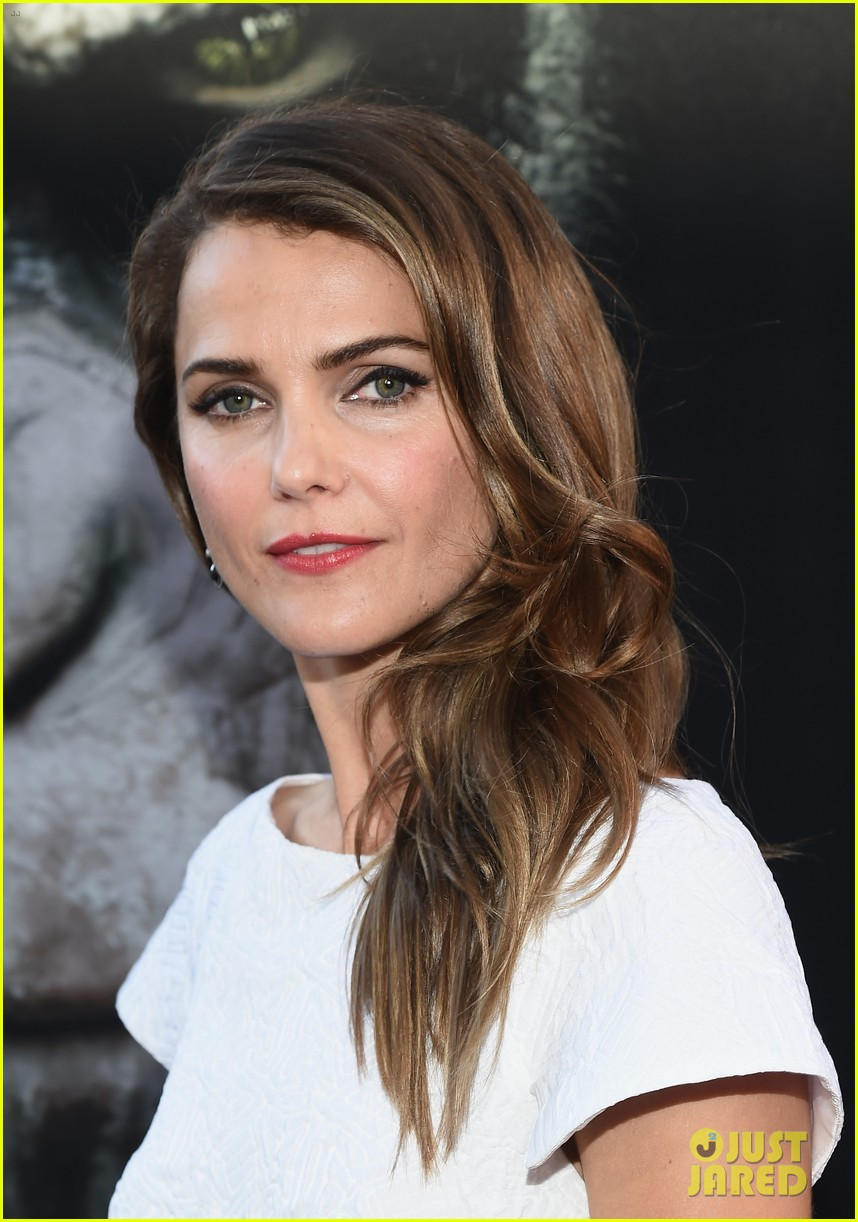 keri russell gets glam for dawn of the planet of the apes 113144604
