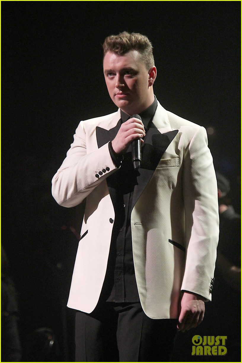 sam smith excited heart broken properly first time 043137914