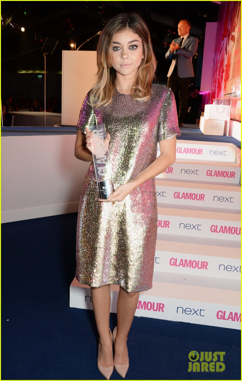 sarah hyland lily james glamour awards 05