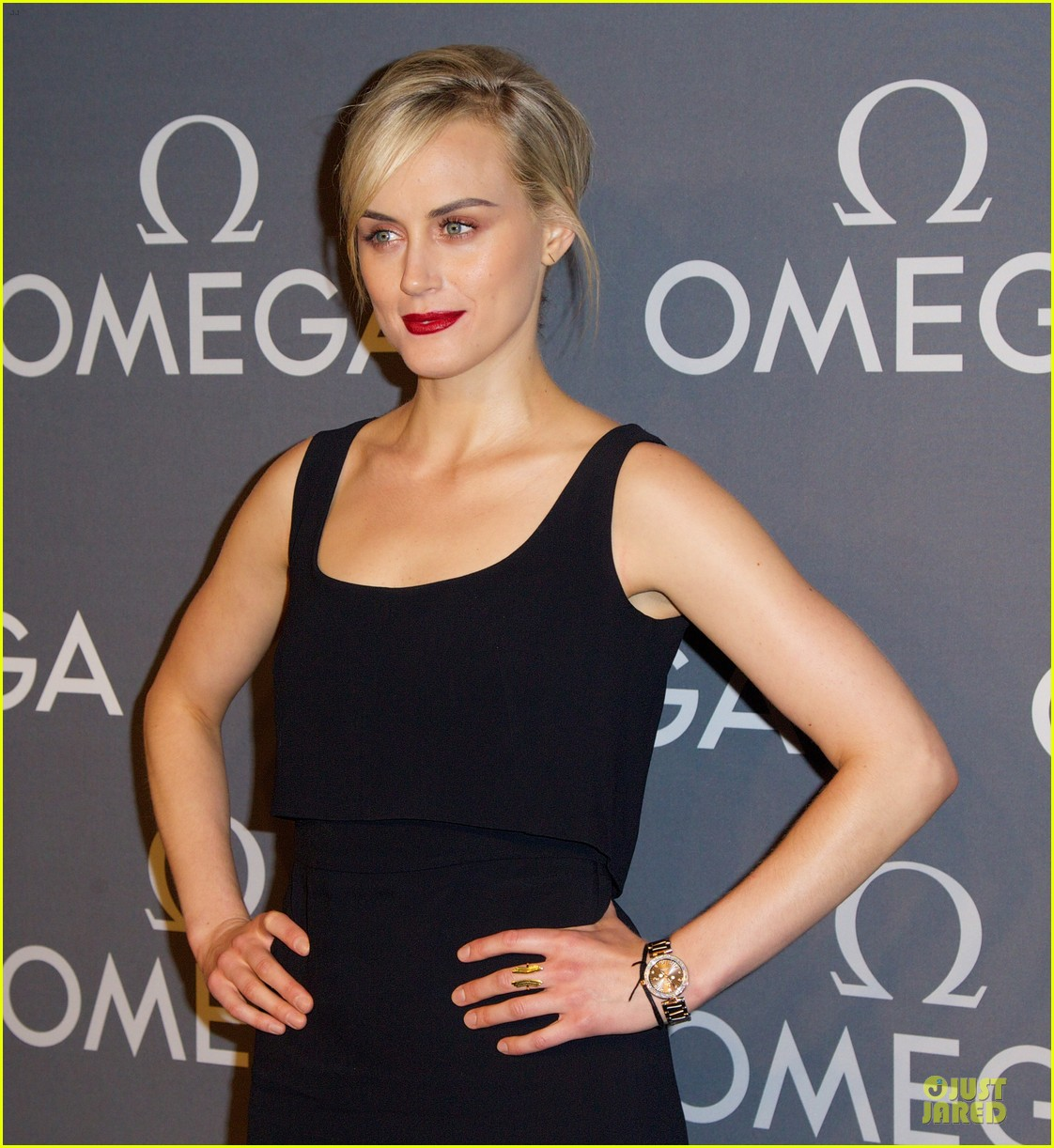taylor schilling jaime king hang out omega event 133132811